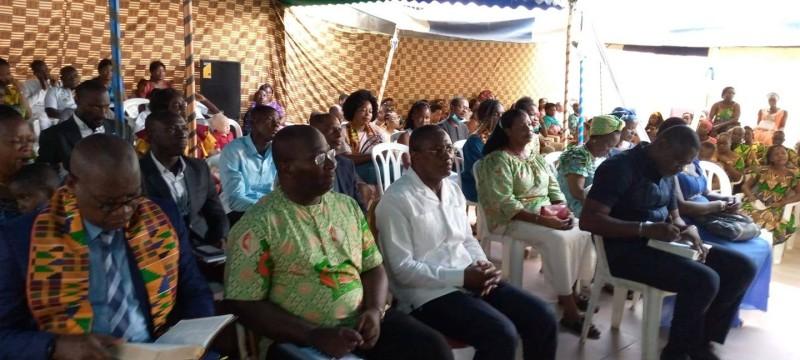 Les fidèles ont fait le déplacement nombreux pour prendre part à la célébration. (Dr)