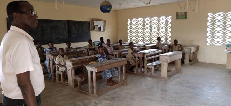 Les élèves et leurs enseignants ont retrouvé le chemin de l'école. (Photo: Saint-Tra Bi)