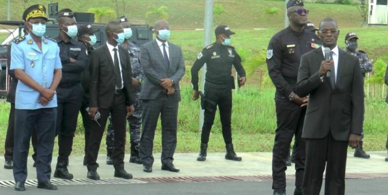 Le ministre Vagondo Diomandé a salué le professionnalisme des forces de police lors de la présidentielle de 2020. (DR)