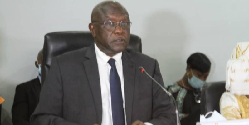 Le député-maire de la commune de Yopougon, Gilbert Koné Kafana, a présidé la deuxième réunion du conseil municipal de l'année 2020. (Dr)