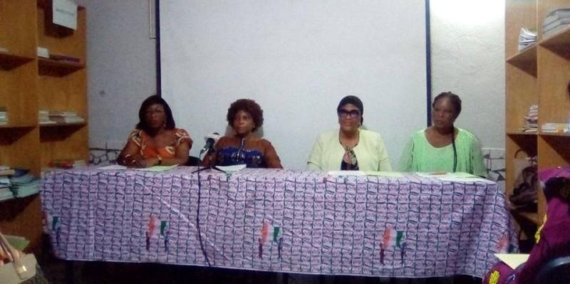 Les membres du comité de suivi pour la prise en compte du Genre dans les processus électoraux en Côte d'Ivoire, ont insisté sur la nécessité pour tous, d'œuvrer au retour de la paix dans le pays. (DR)  (DR)