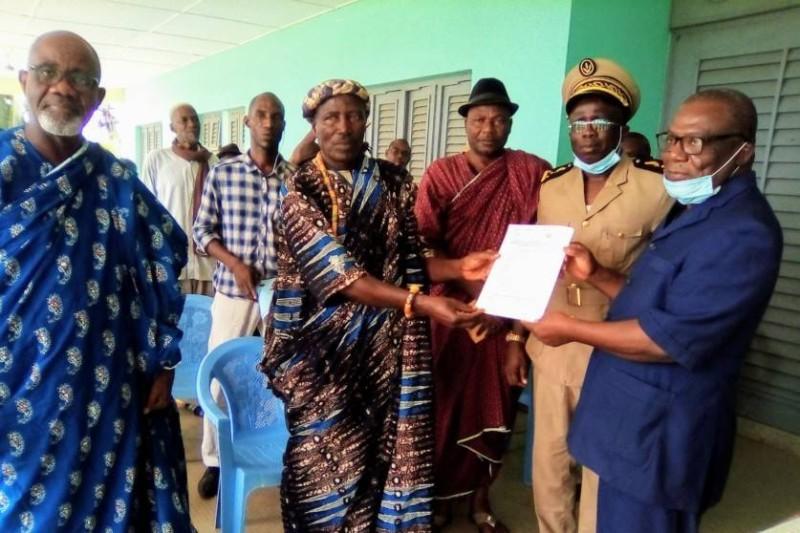 Des membres du comité de veille reçoivent officiellement l'arrêté de nomination (DR)