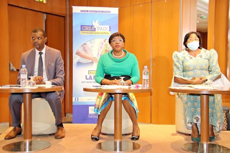 Euphrasie Yao (au centre) et Joséphine Mayuma Kala de l'Union africaine croient en l'aboutissement du dialogue politique. (Dr)