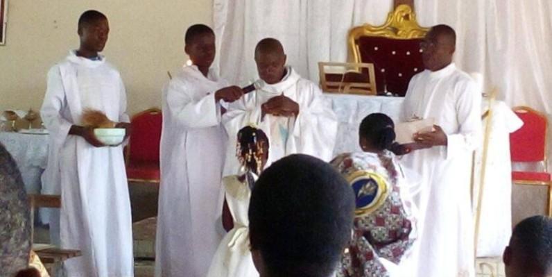 : Le curé de la paroisse Saint Raphaël de Sikensi, l'abbé N'Guessan Dibré Sandrin (DR)
