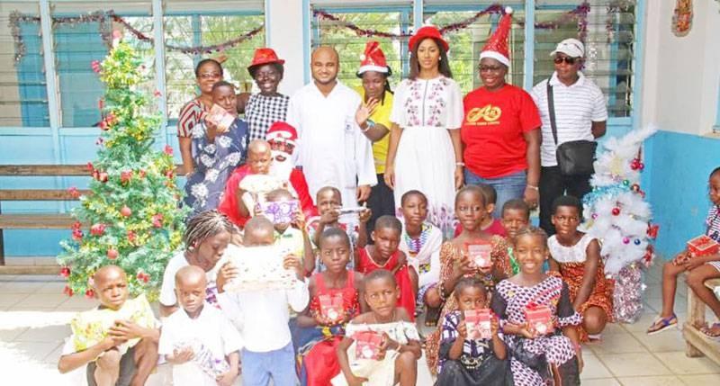 Les enfants ont reçu des cadeaux. (photo : Dr)