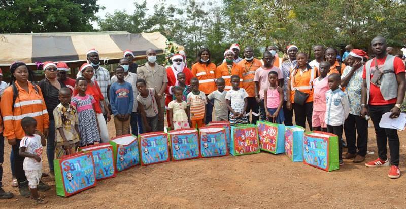 Les enfants ont reçu de nombreux cadeaux. (Dr)
