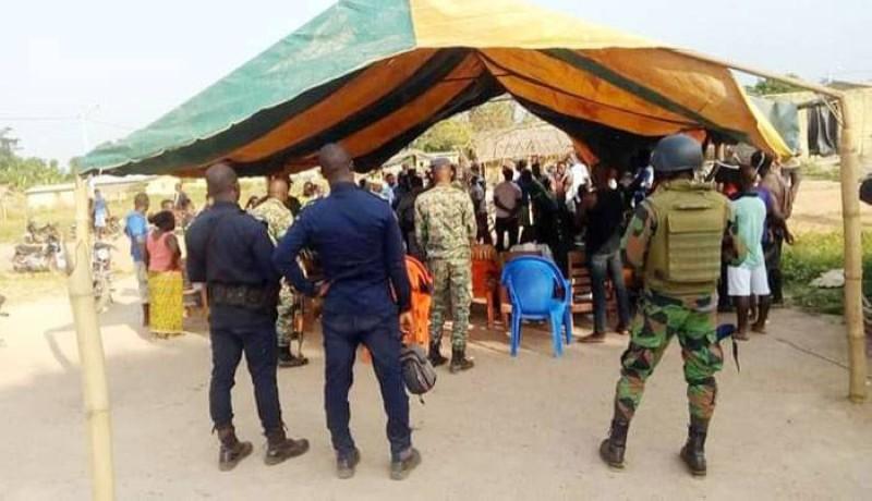 Une vue des forces de l'ordre présentes à Petit-Guiglo. (Dr)