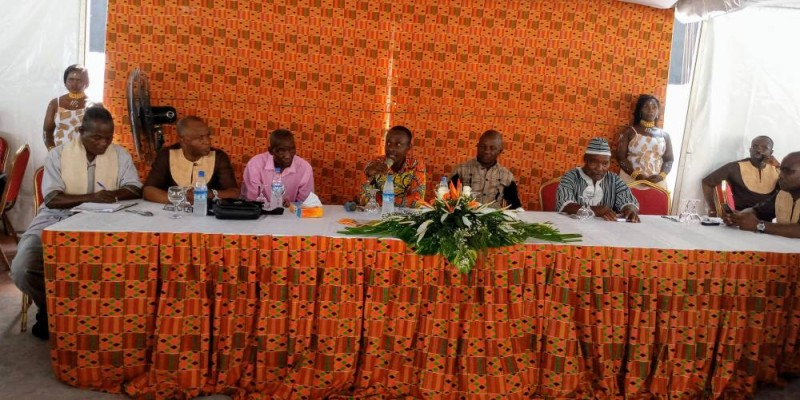 Les panélistes se sont succédé à la table de séance pour le développement des sept sous thèmes à l'ordre du jour. (DR)