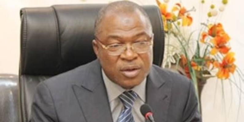 Le général Issa Coulibaly, ministre de la Fonction publique. (DR)