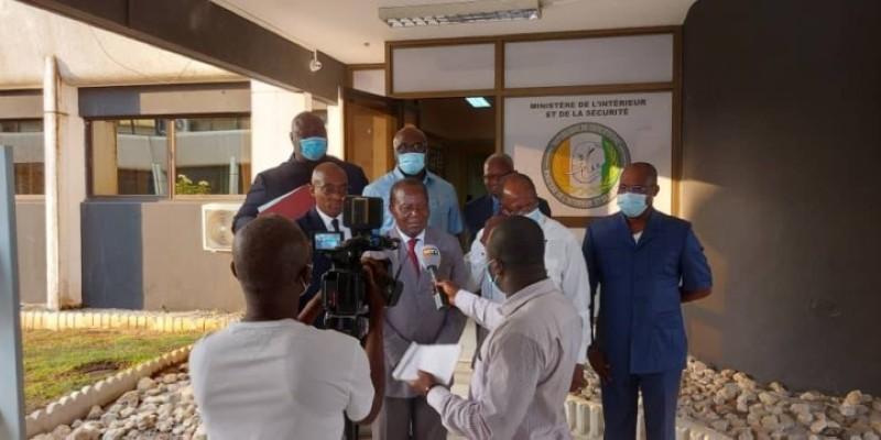 Les représentants du Pdci-Rda, de l'Eds, du Rpp et de l'Usd après deux semaines ont signé le rapport final. (Dr)