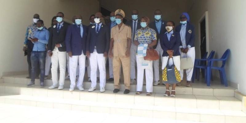 Une vue des membres de la délégation au sortir d'une rencontre à la préfecture de Bouaké. (DR)