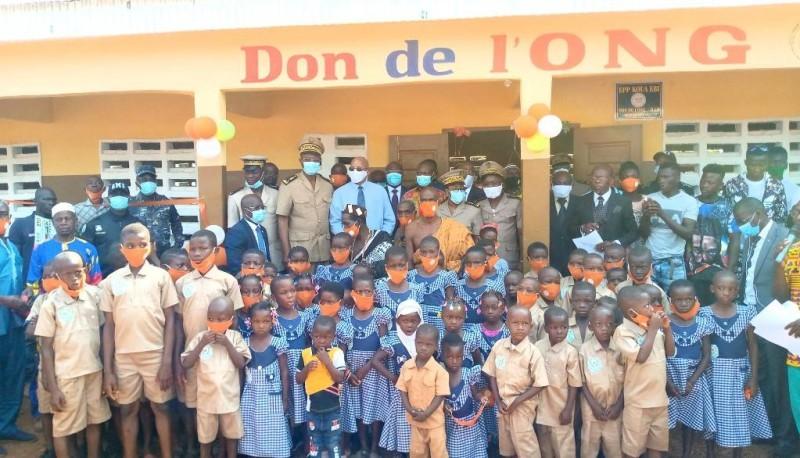 Les écoliers heureux de se retrouver dans un nouvel établissement. (DR)