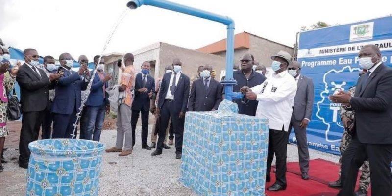 La fourniture d'eau potable constitue une priorité pour le gouvernement dans la grande vision du Chef de l'Etat de satisfaire tous les besoins élémentaires des populations ivoiriennes. (Dr)