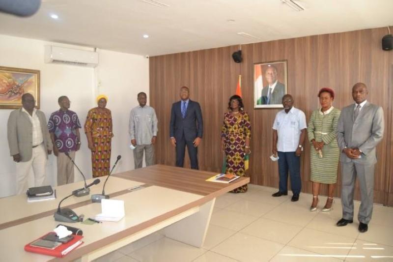 Pour le ministre Sidy Tiémoko Touré ces professionnels qui ont animé nos médias, méritent toute sa reconnaissance.