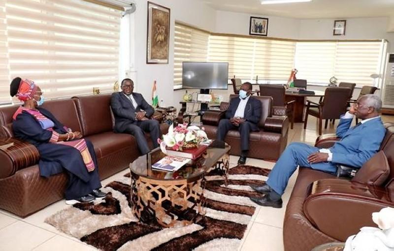 Le comité de naormalisation a echangé avec le ministres des Sports, Claude Paulin Danho
