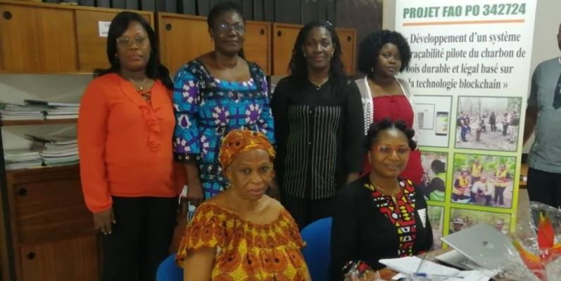Quelques-unes des membres de l'Association ayant pris part à la rencontre avec la presse. (Dr)