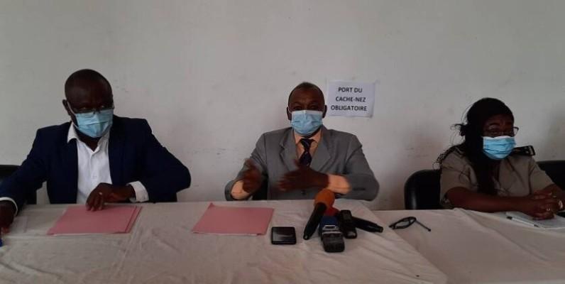 Le préfet de région (au centre) invite les populations du Lôh-Djiboua à la vigilance.(DR)