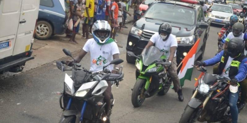 De nombreux motards venus des quatre coins du pays contribuent à donner un éclat à la caravane de la paix. (Dr)