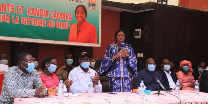 Kandia Camara a appelé les enseignants RHDP d'Abobo à soutenir sa candidature. (DR)