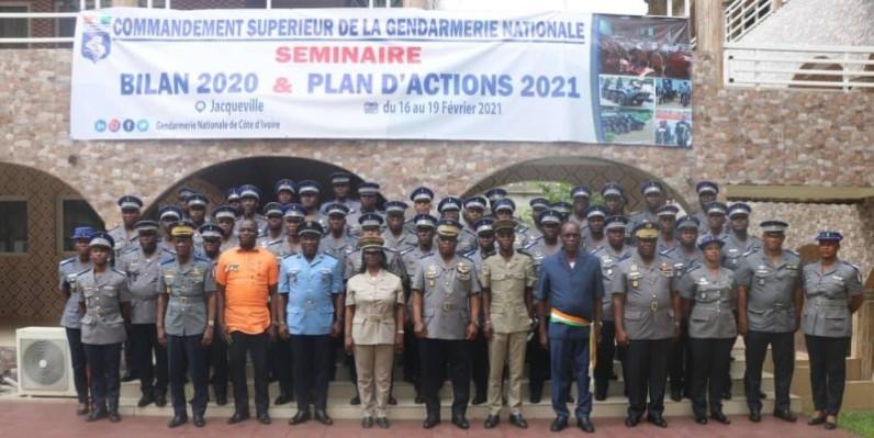 Photo de famille des participants. (Photo: Gendarmerie nationale)