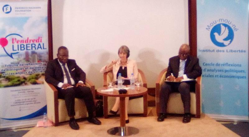 Les panélistes ont édifié l'assistance sur le Parlement dans la politique ivoirienne. (DR)