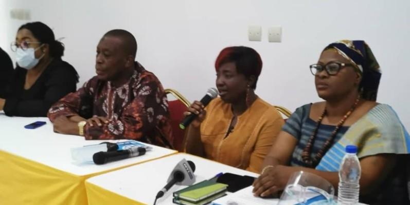 Mme Edy Ahmmond (au micro) élue présidente de l'interprofession de la filière karité. (DR)