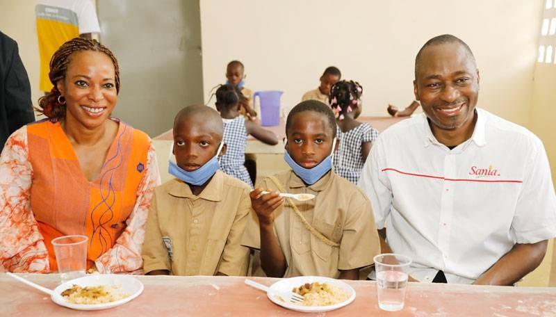 La Fondation SIFCA a offert une cantine au groupe scolaire Binzra 1&2. (DR)
