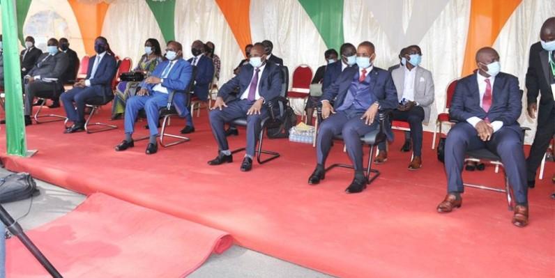 La cérémonie d'inauguration des guichets automatiques de la banque du Trésor a été présidée par Bamba Vassogbo, directeur de cabinet adjoint du ministre de l'Économie et des Finances. (DR)