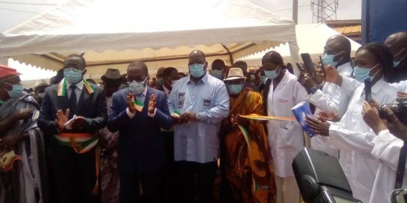 La coupure du ruban symbolique a été faite par les trois ministres présents à la cérémonie. (DR)