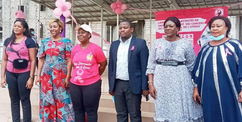 Les responsables de la Fondation des femmes shunamites et leurs invités. (M.A AKPA)