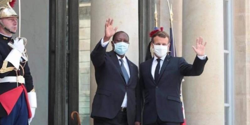 Alassane Ouattara et Emmanuel Macron devraient, ce jour, aborder des questions diverses sur le plan bilatéral. (Dr)