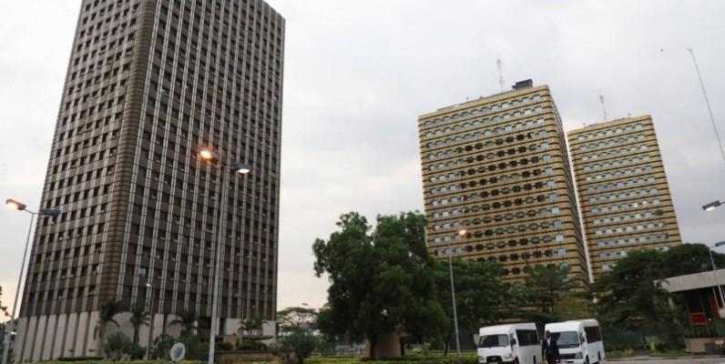 La cité administrative a été désertée, mardi, par ses occupants à la suite d'une fausse alerte. (DR)