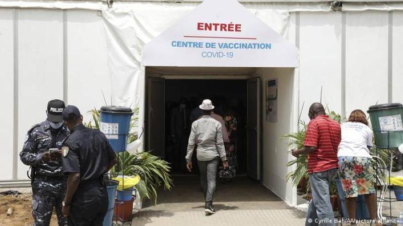 61 centres de vaccination contre le coronavirus sont ouverts dans le grand Abidjan, à Bouaké et  San Pedro.  (DR)