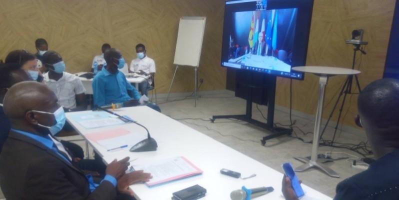 Les participants à la conférence à Abidjan satisfaits des échanges. (DR)
