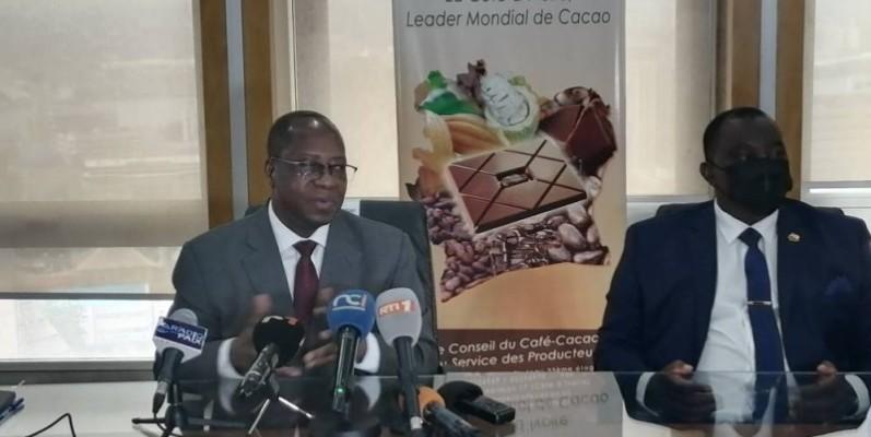 Le Directeur général du Conseil café-cacao, Yves Brahima Koné, a annoncé le nouveau prix bord champ. (Photo : DR)