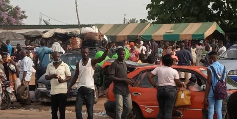 Les populations de la région de Gbêkê ont utilisé tous les moyens pour rallier les différents villages qui étaient déjà aux couleurs de l'ambiance de paquinou obligé. (Dr)