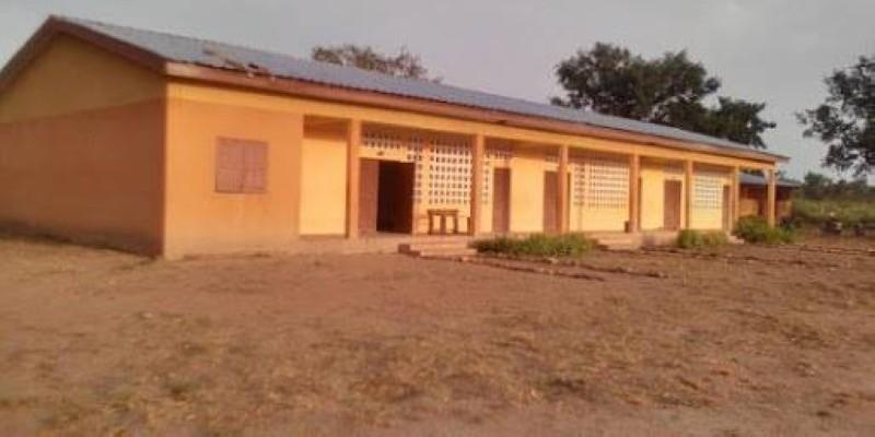 Une vue d'un bâtiment de l'école. (Dr)