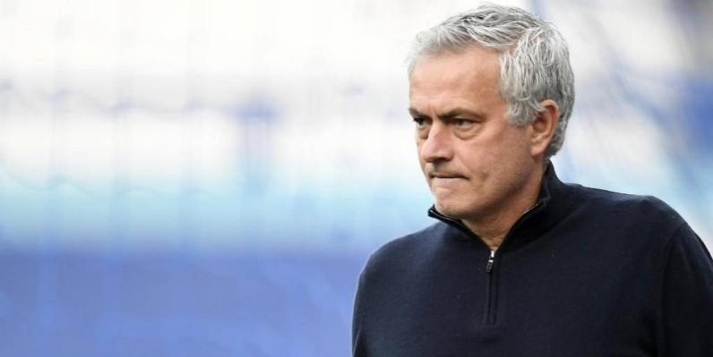 Le club a officialisé ce lundi le départ du coach portugais. (Dr)