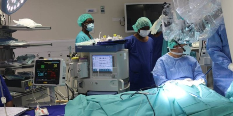 Une opération d'un enfant de 6 ans. (Bavane)