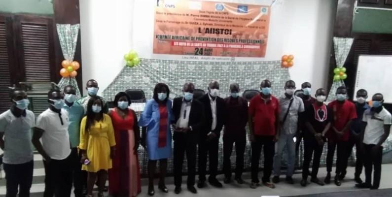 L'Association des infirmiers et infirmières en santé du travail de Côte d'Ivoire (Aiistci) a organisé une conférence pour disposer de meilleurs arguments en cette période de Covid-19. (DR)