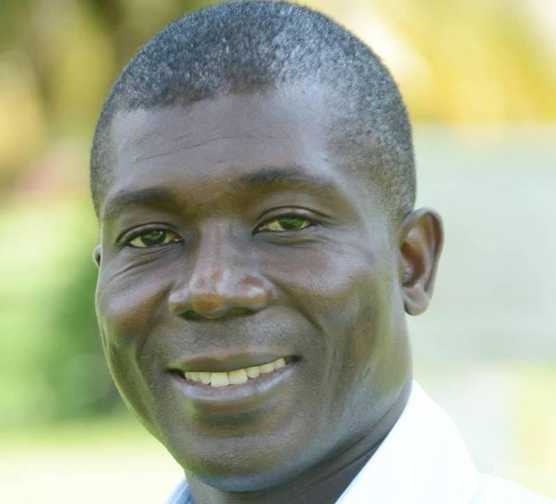 Papa Nouveau, promoteur des tournois de tennis ITF juniors d'Abidjan. (DR)