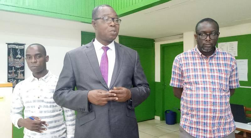 Escale du président de l'Unjci, Jean-Claude Coulibaly, à la rédaction de Fraternité matin dans le cadre de sa tournée de mobilisation. (DR)
