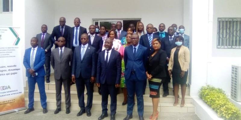 Le ministre Alcide Djédjé et ses collaborateurs veulent intégrer de nouveaux défis dans le PSI. (DR)
