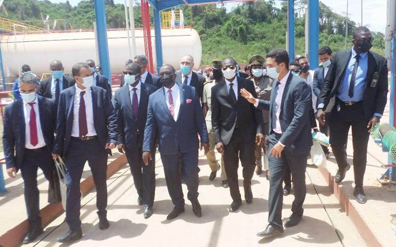Les représentants du gouvernement ont été conduits dans une visite guidée des installations du centre. (DR)