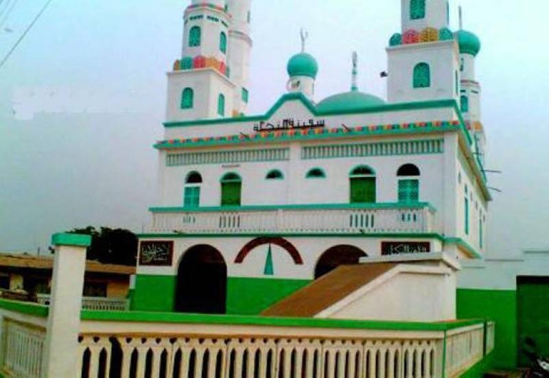 Les fidèles musulmans se sont mobilisés ce 27ème jour du Ramadan pour la nuit du destin à plusieurs endroits de la ville. (Dr)