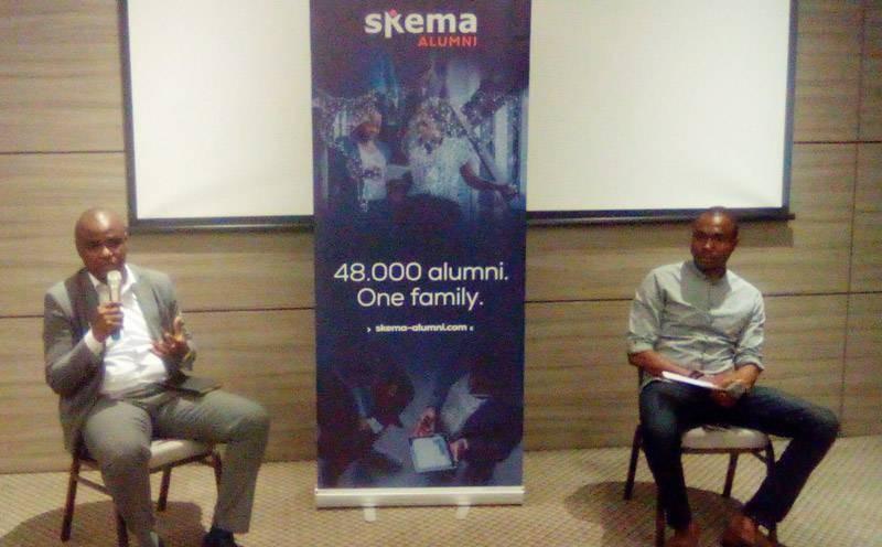 Charles Mounet (à gauche), directeur général adjoint de ''Crédit Access'', chargé de l'exploitation, a instruit l'auditoire sur le financement des Pme en Côte d'Ivoire. (DR)