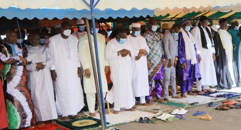 Le député-maire Cissé Ibrahim Bacongo a invité la population de Koumassi à se faire vacciner contre le Covid-19. (Photo : DR)
