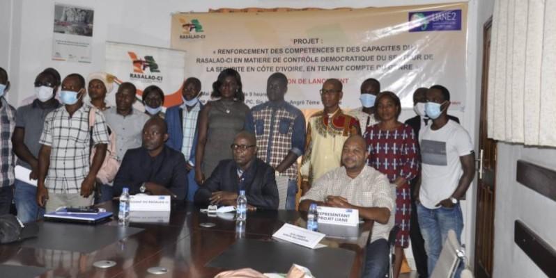 Plusieurs acteurs de la société civile ont pris part à la cérémonie de lancement du projet. (DR)