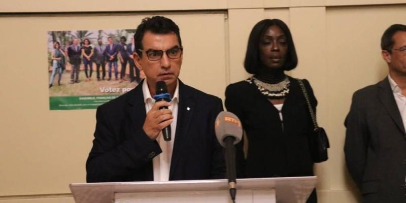 Jihad Badreddine, tête de liste « Ensemble Français de Côte d'Ivoire » décline la feuille de route de son groupe. (Bavane)