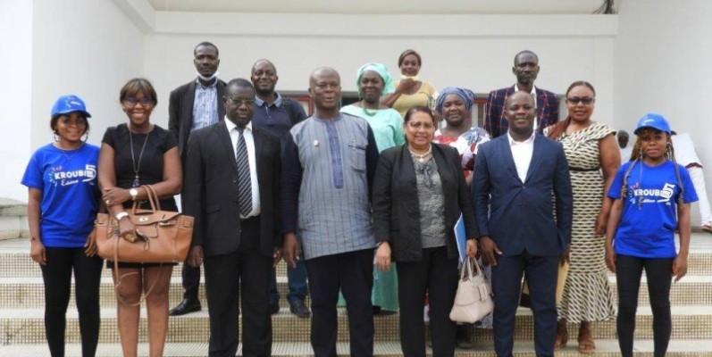 La photo de famille à l'issue de la conférence de presse à la Cci-ci. (DR)